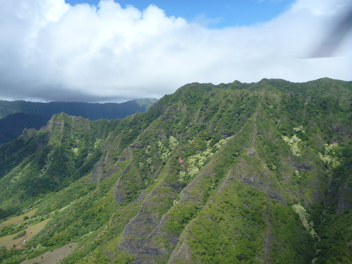Oahu helicopter tour review Fifteen Minutes to Flawless 5